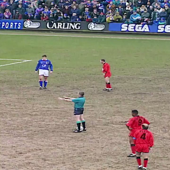 Les Ferdinand, dynamite from a dead ball!💥 #GoalOfTheDay