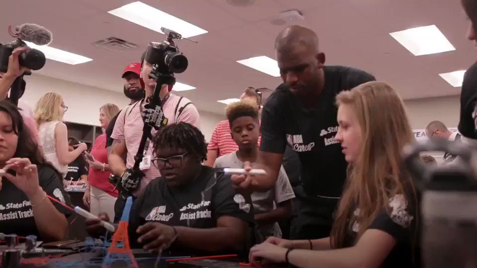 #ad Take a look at how we transformed the makerspace at @SouthMountainHS to help students bring their STEAM ideas to life! @StateFarm @NBACares @TeachforAmerica @CP3Cares