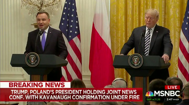 .@realDonaldTrump's facial expression when hearing Poland might name a military base 'Fort Trump' is priceless. https://t.co/wohVn1bLfi