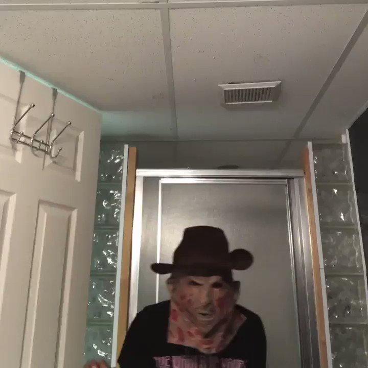 it's spooky szn