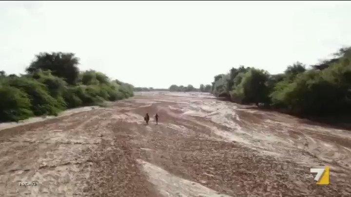 Torna #Piazzapulita!Da domani, tutti i giovedì sera su La7.Ripartiremo con un reportage di @CorradoFormigli in  #Somaliland, il Paese invisibile dove non piove mai. Poi il racconto dell\