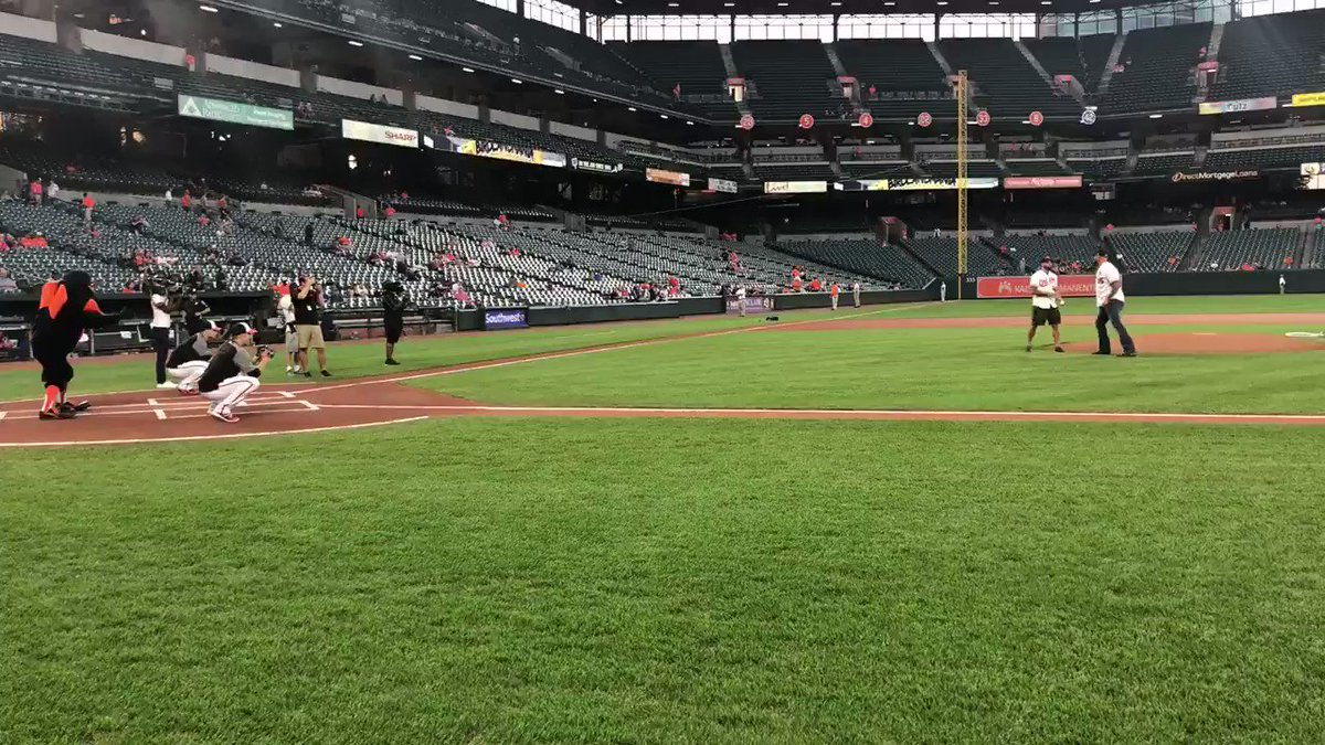 Thanks to @Orioles for allowing the #goodbrothers to throw out the first pitch last night & for allowing me to show off my cannon like armski!