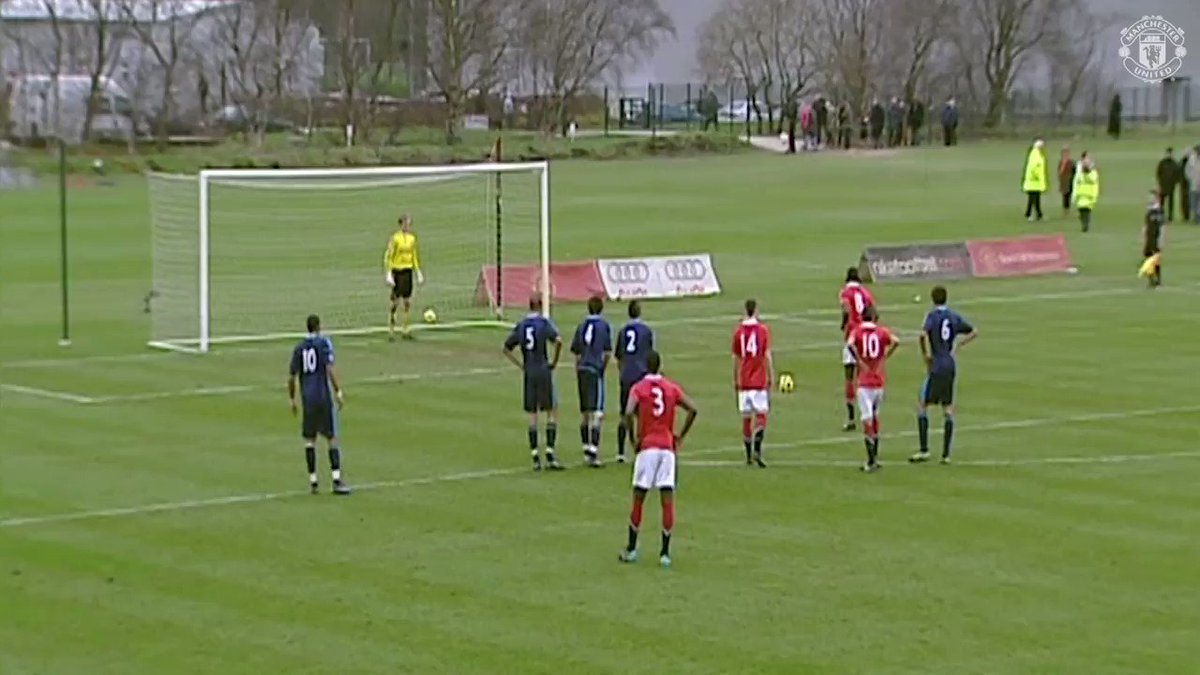 .@PaulPogba's been taking spot-kicks throughout his time at #MUFC! ��  #ThrowbackThursday https://t.co/TlYAAWmHkZ