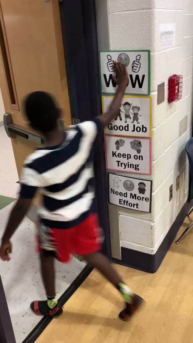 2nd graders self-assessing on their way out of the gym! <a target='_blank' href='http://twitter.com/OakridgeSpecial'>@OakridgeSpecial</a> <a target='_blank' href='http://twitter.com/APSHPEAthletics'>@APSHPEAthletics</a> <a target='_blank' href='http://twitter.com/APSHPE2'>@APSHPE2</a> <a target='_blank' href='https://t.co/kqctU2irpz'>https://t.co/kqctU2irpz</a>