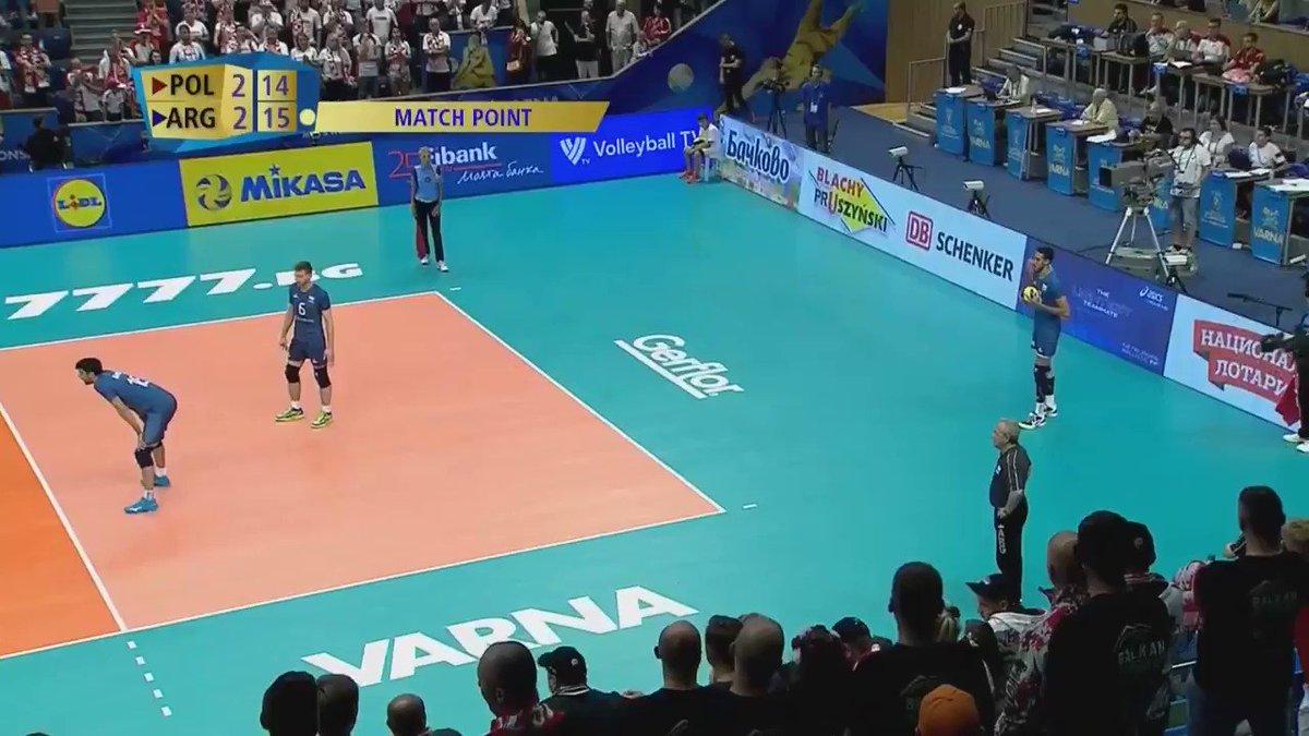 ¡HISTÓRICO! Argentina puso de rodillas al campeón del mundo y lo venció 3-2 por eso la locura de los jugadores y la bronca de Velasco. ¡SON ENORMES! #SomosArgentina
