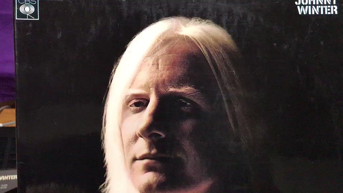 1969年のストーンズのHyde Parkでのフリーコンサート ブライアンの追悼になってしまったが ストーンズのオープニングを飾ったのは 生前ブライアンが好きだったということで演奏された I'm Yours And She's Mine 原曲の方はI'm Yours And I'm Hers UKmono盤(コーティングジャケ)で #JohnnyWinter #vinyl
