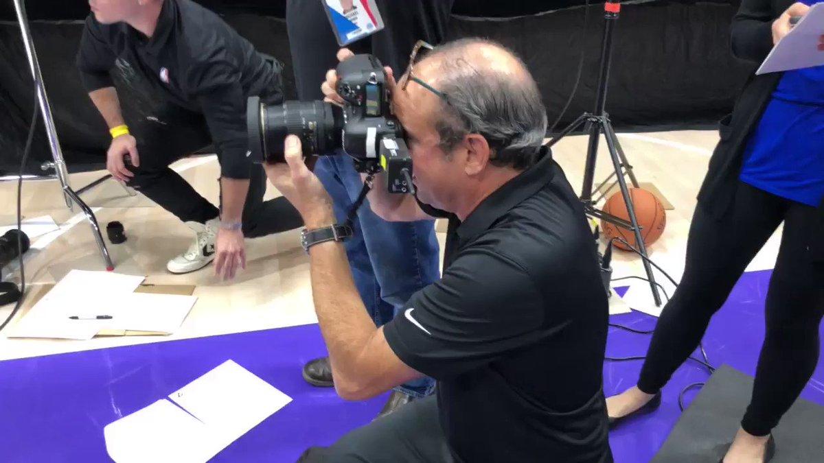 LeBron gets his @Lakers portraits taken! #NBAMediaDay https://t.co/Vln6J9TeI0