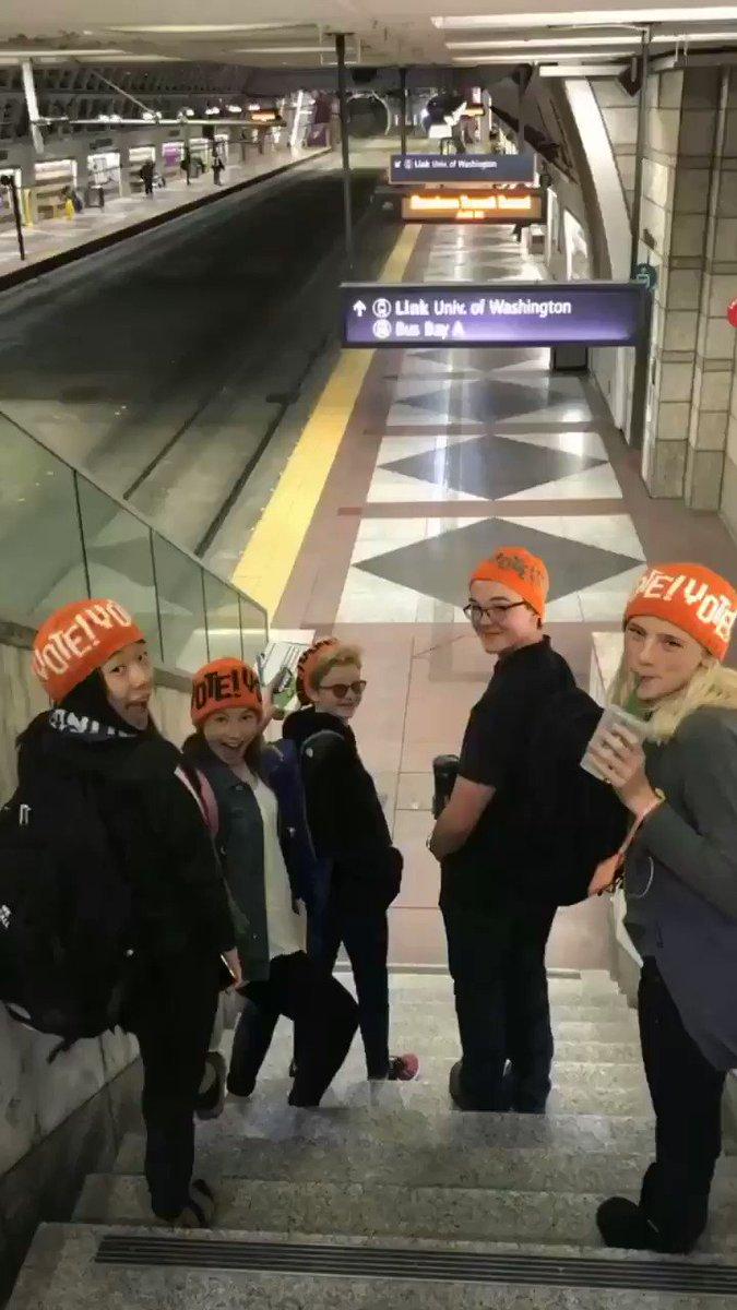 Mood: Vote hats & Voter reg
