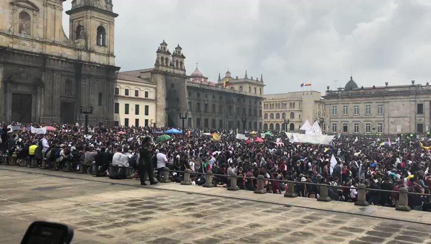 W Radio Colombia's photo on Corte