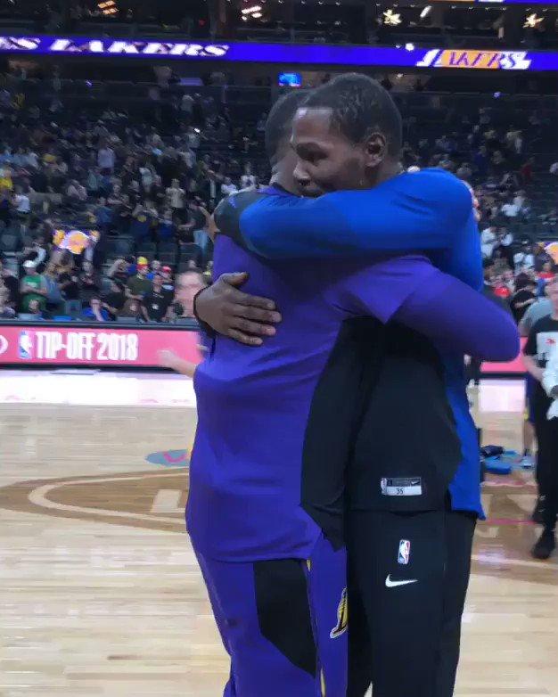 23 x 35  ��: @warriors x @Lakers  ��: @ESPNNBA https://t.co/Hk8Fzdkw3m