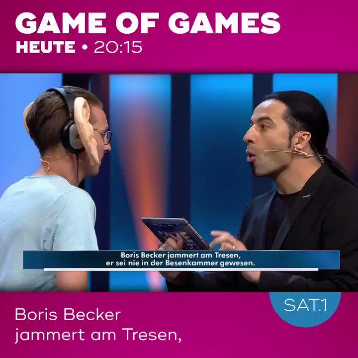 """""""GAME OF GAMES, HEUTE UM ZWANZIG UHR FÜNFZEHN IN #SAT1!!""""  - """"HÄÄÄ?""""  #gameofgames #bülentceylan @sat1 https://t.co/bNjh2t1wSk"""