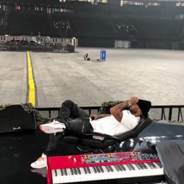 Booba en pleine préparation de son concert à l\