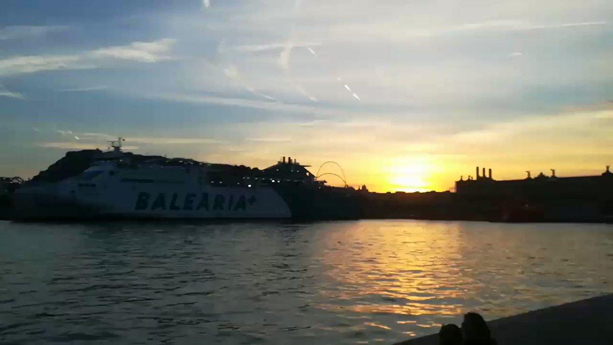 #Barcelona siempre es preciosa. #Maremagnum #turismo #mar #Mediterraneo #belleza
