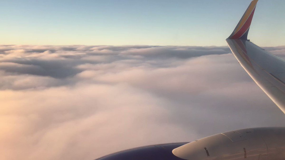 Image for the Tweet beginning: Cloud skimming with @SouthwestAir... The