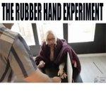 人間は簡単にゴム手袋を自分の手と錯覚する
