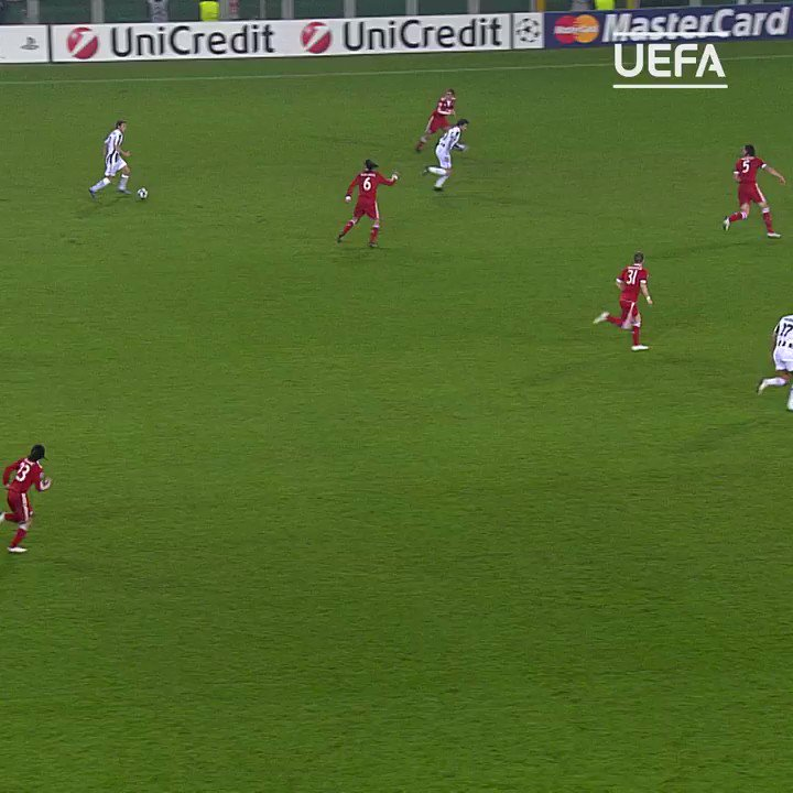 David Trezeguet ��  ▪️320 Juve games  ▪️171 Juve goals  A true Bianconeri hero ��  #UCL @Trezegoldavid @juventusfcen https://t.co/wSkqKV7rMv