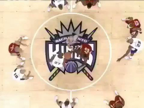 (2003) Game One 'Pressure'.  ��: @nikebasketball https://t.co/QEOG6GFBMf