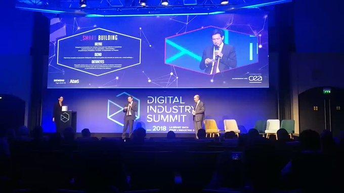 #DigitalIndustryAward Pour la catégorie #SmartBuilding, c'est @dizmos ...