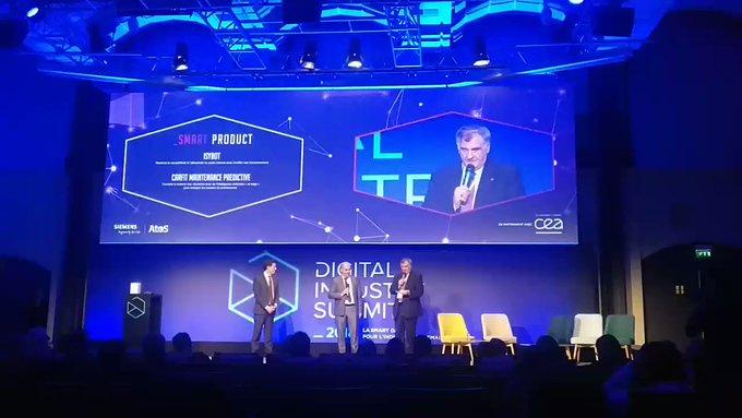 #DigitalIndustryAward On continue avec @car_fit pour la catégorie #SmartProduct ...