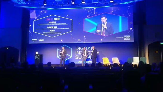 #DigitalIndustryAward Catégorie #SmartPlant, et le prix revient à... @Picomto...