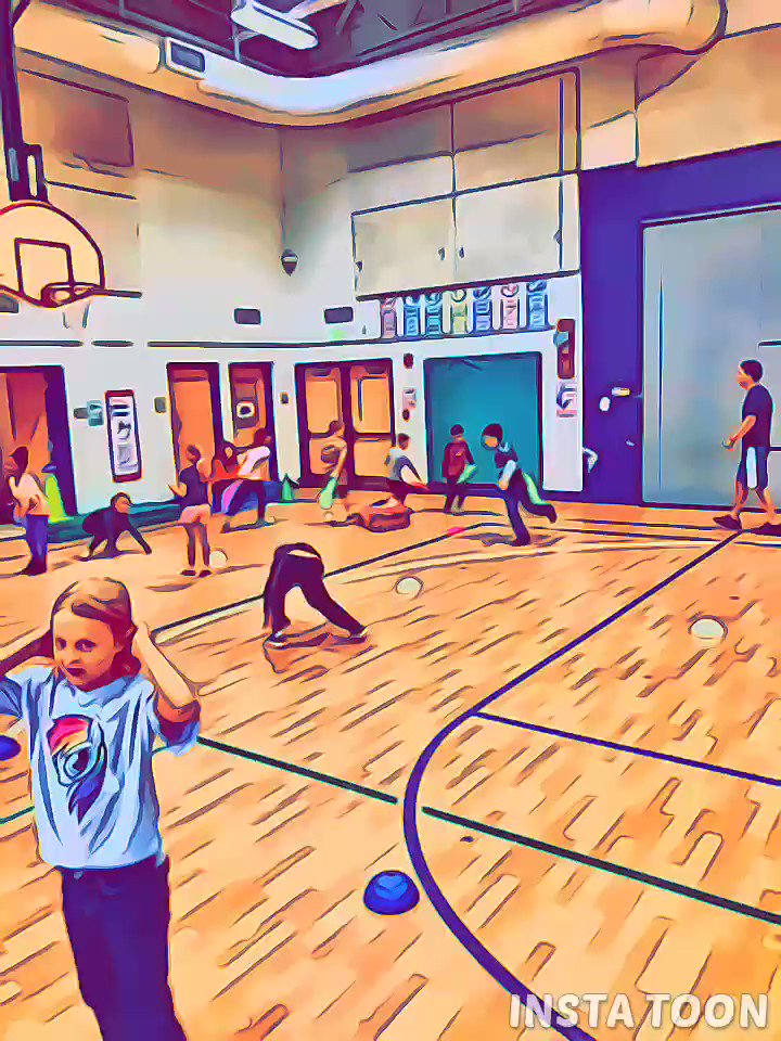Locomotor/manipulative skills station day with our K-2! Assessing what we  have learned the first month of school <a target='_blank' href='http://twitter.com/OakridgeSpecial'>@OakridgeSpecial</a> <a target='_blank' href='http://twitter.com/APSHPEAthletics'>@APSHPEAthletics</a> <a target='_blank' href='http://search.twitter.com/search?q=PhysEd'><a target='_blank' href='https://twitter.com/hashtag/PhysEd?src=hash'>#PhysEd</a></a> <a target='_blank' href='https://t.co/ffdQUwQRep'>https://t.co/ffdQUwQRep</a>