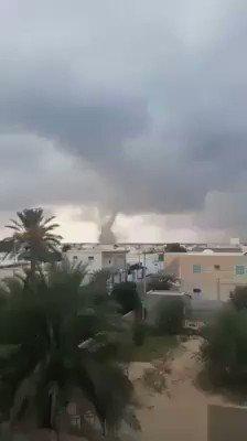 Image for the Tweet beginning: اعصار قمعي في جربه #تونس
