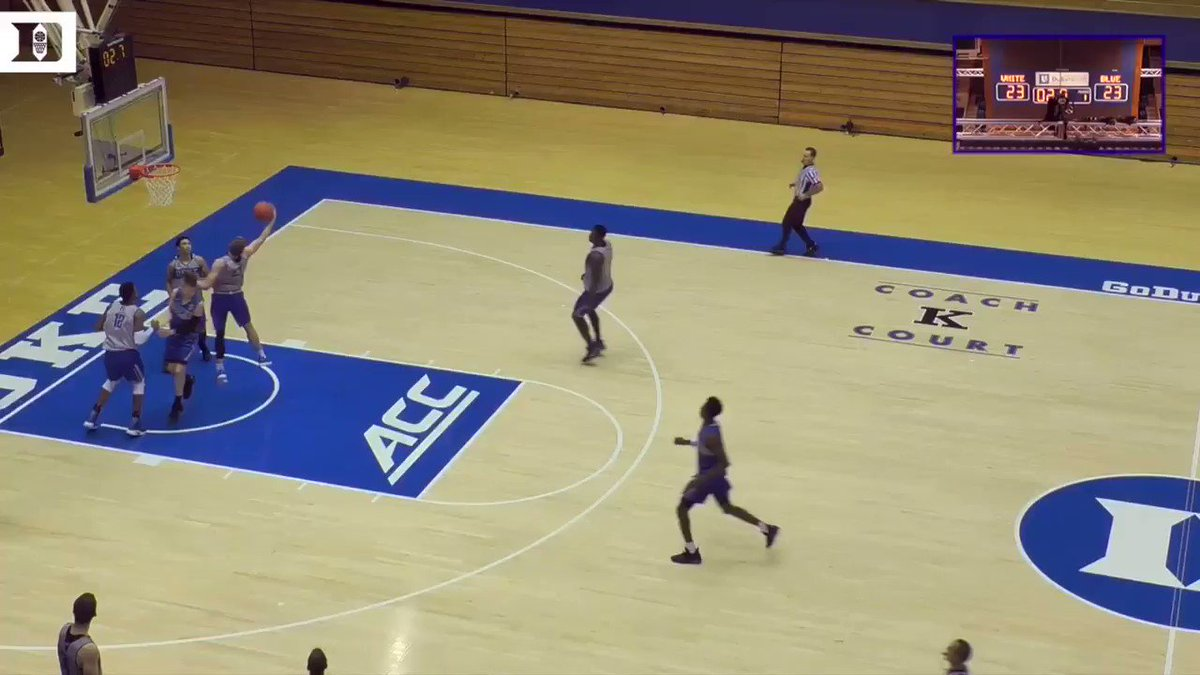 ZION AT THE BUZZER FTW. DEEP bucket to catch a dub in the team scrimmage. ������ @ZionW32 https://t.co/mEMajfbviN