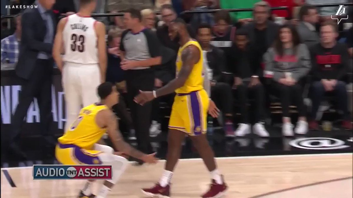 'Anytime y'all fall, stay down. Your brother'll come pick you up.' - @KingJames https://t.co/E46MXQwDk4