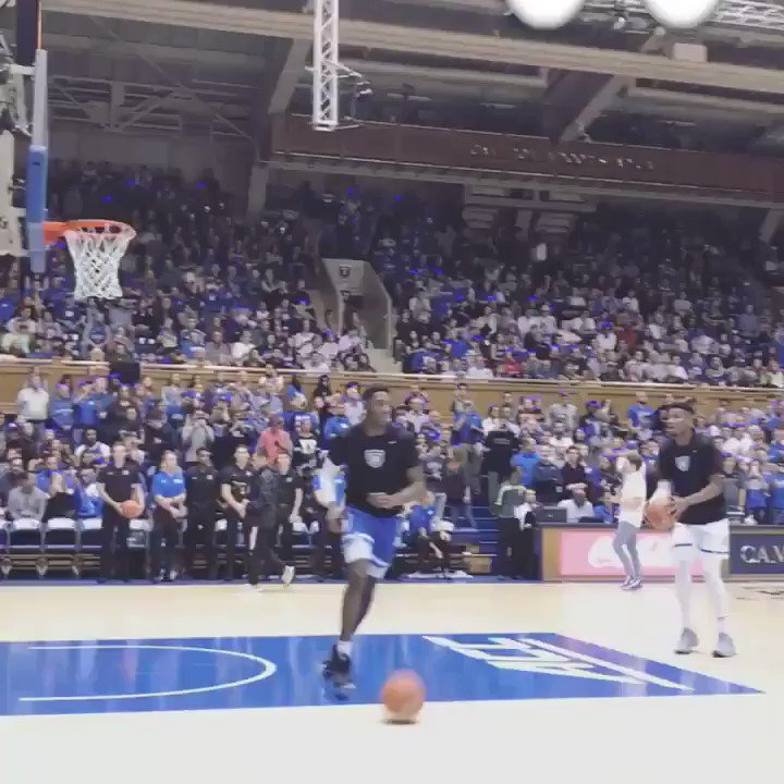 Zion is unreal @ZionW32 #dukebasketball #zion #specmagnc @SpectacularMag https://t.co/ALAEjTIOH2