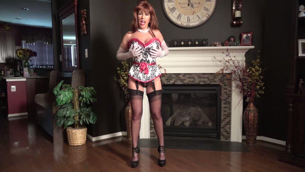 Two Amateur Hotties in Pantyhose