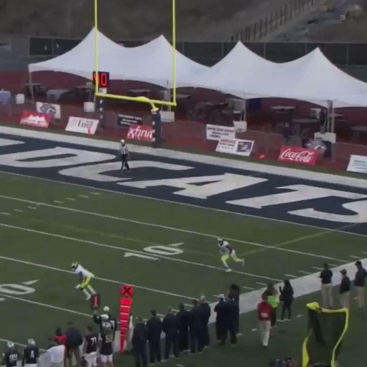 Trucked him so hard on the way to a TD that everyone stopped �� #SCtop10 https://t.co/fegCry79gu