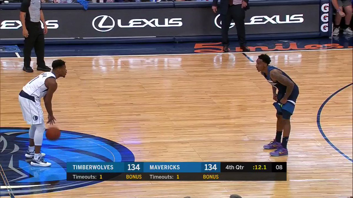 Dennis Smith Jr. to put the @dallasmavs in front!  #MFFL #KiaTipOff18 https://t.co/KVarmhAwip