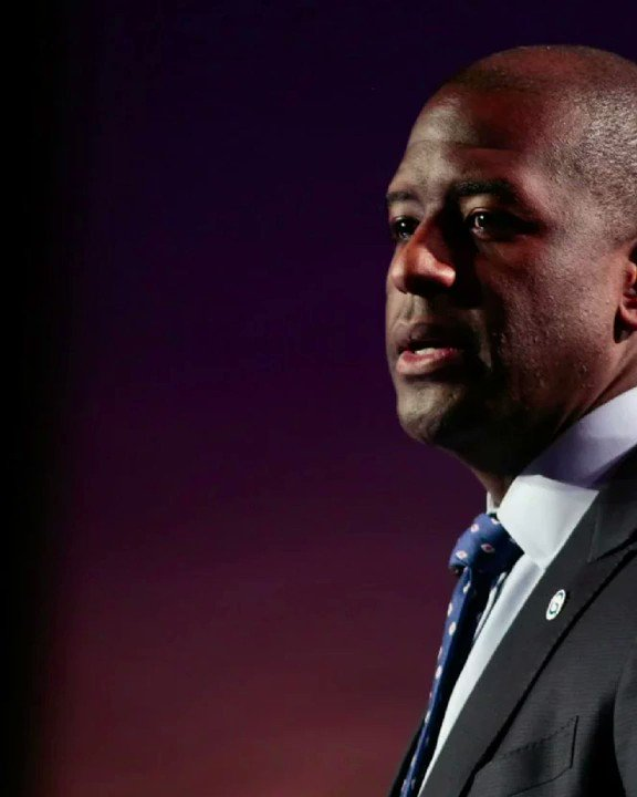 .@AndrewGillum is too radical and corrupt for Florida. Not only is Gillum linked to an FBI investigation but he puts his friends over the safety of his hometown. #FLGovDebate