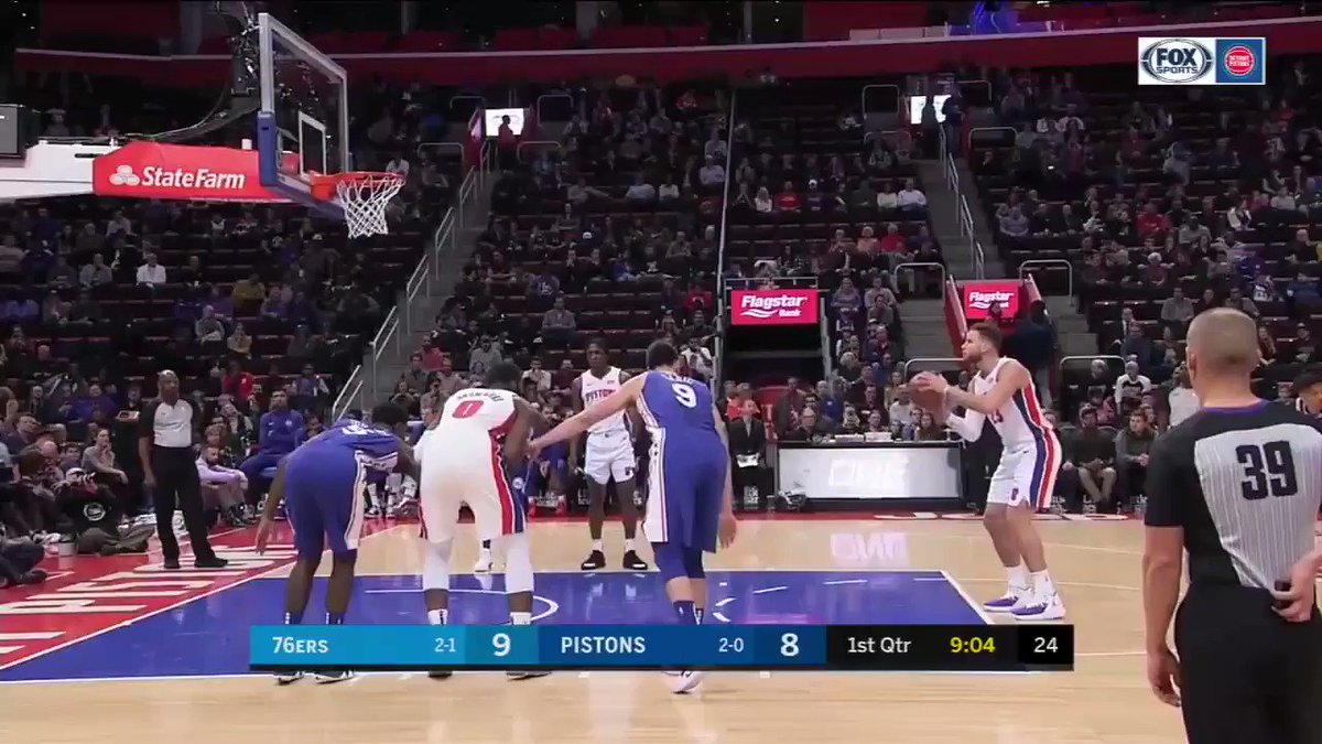 .@blakegriffin23 put FIFTY on the 76ers. https://t.co/MCQyk0X2pt