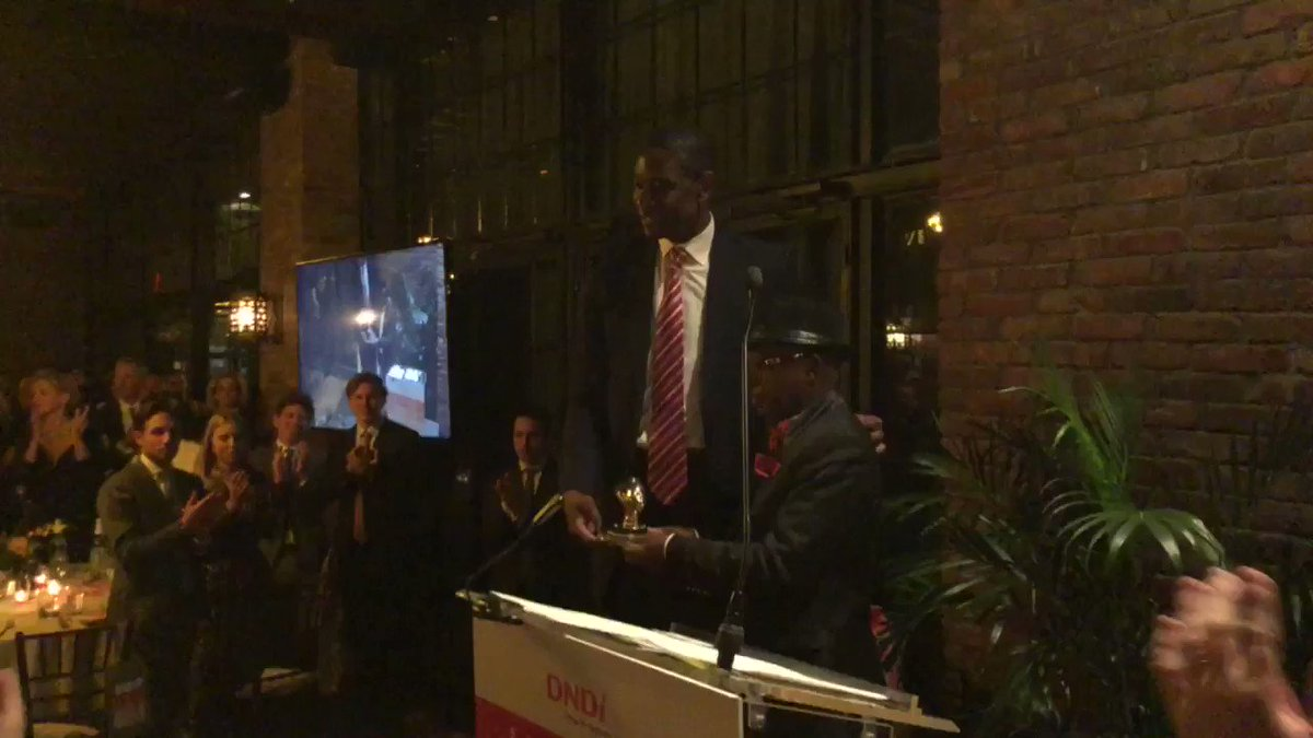 Standing ovation for Dr. Kandé for his work in developing better treatments for #sleepingisickness @officialmutombo #makingmedicalhistory