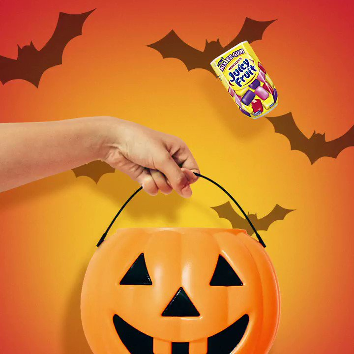 #Halloween2018 101: Trick-or-TREAT everyone to Juicy Fruit Mixies! https://t.co/Ju8Hqcfblt