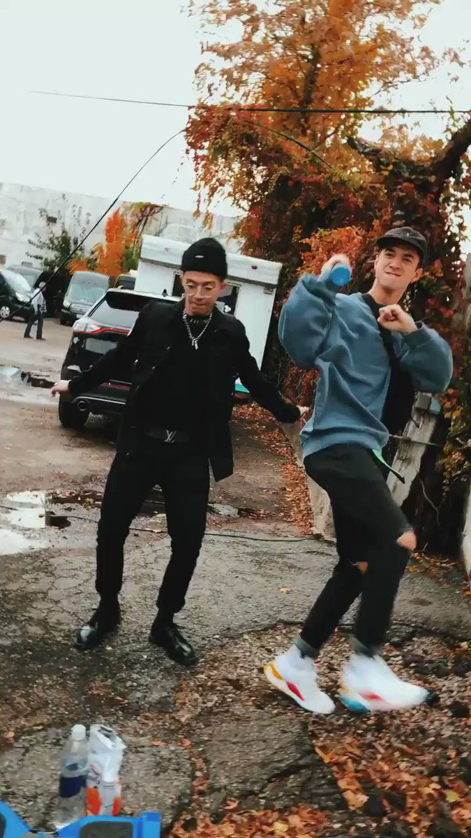 best dancers out there hahaha @SeaveyDaniel