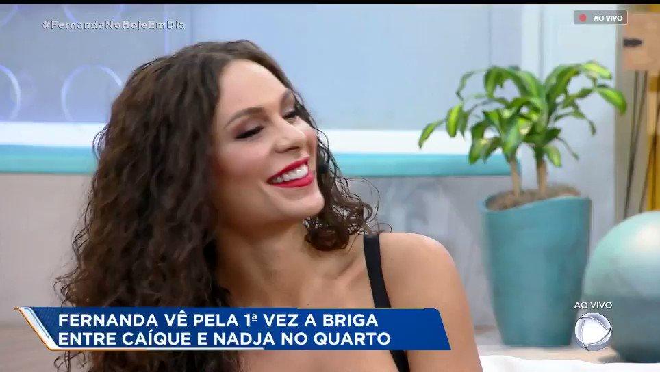RT @MattyBala: Fernanda comenta a cena em que Nadja agride Caique #FernandaNoHojeEmDia #AFazenda10 https://t.co/sNvX2BAzfs