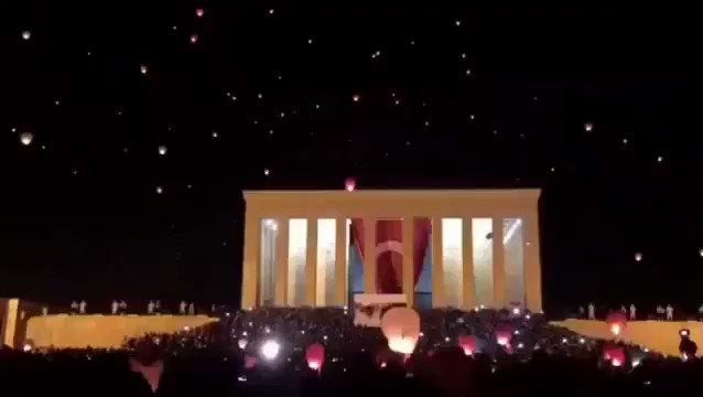 RT @bilimarsivi: Şu zamana kadar izlediğim en güzel video bu olabilir... #10Kasım https://t.co/YnMNVHq9nX