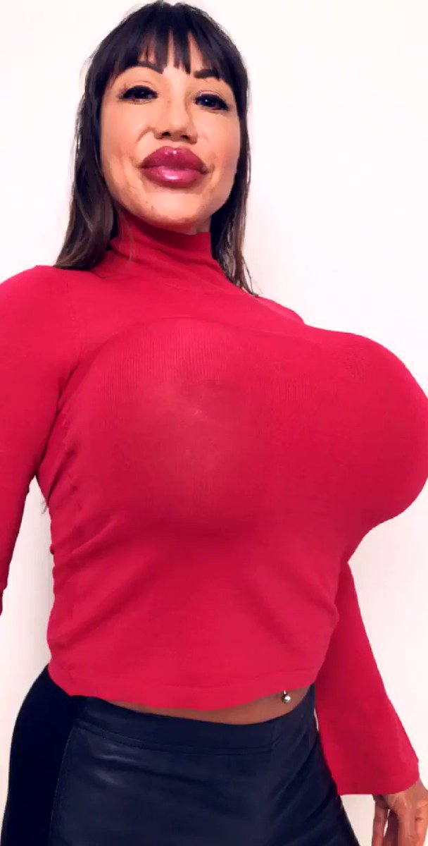 Ava Devine on Twitter: Want to get up close and personal