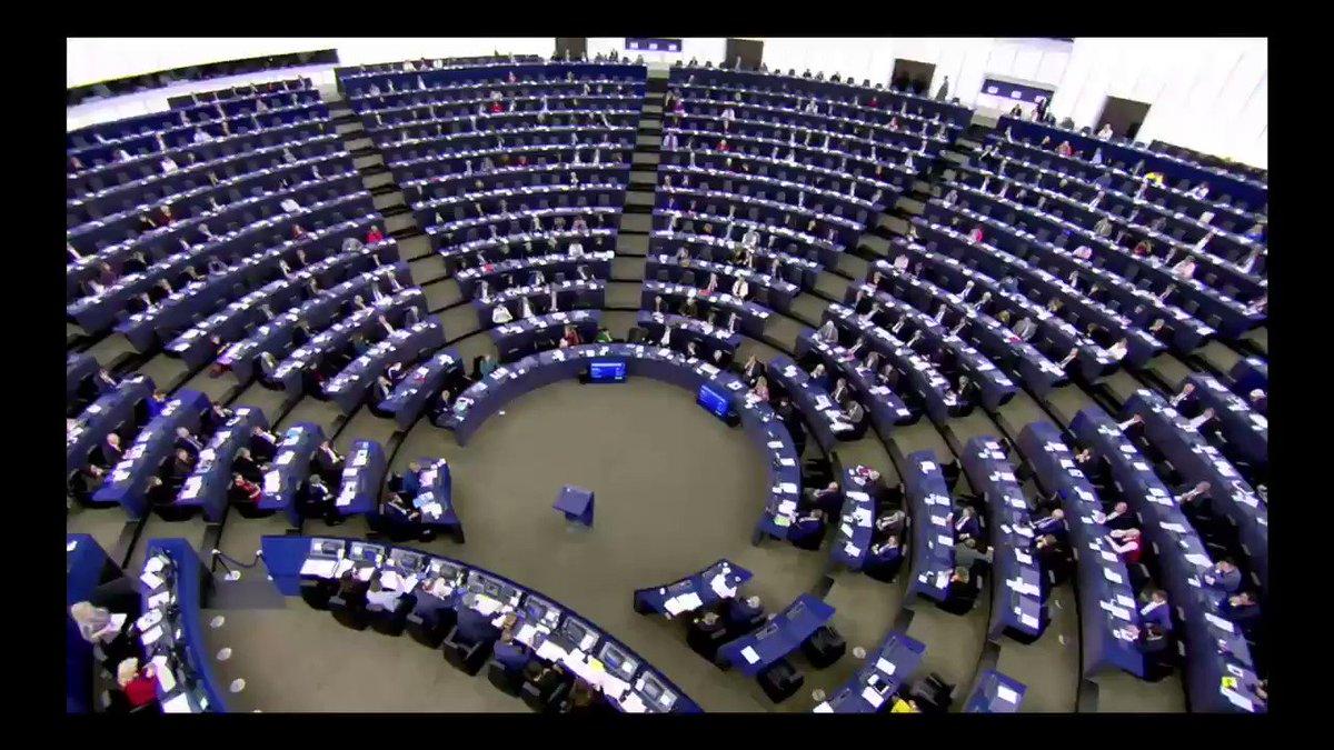 Image for the Tweet beginning: Gemeine Tricks im EU-Parlament... ZwinkerSmiley!