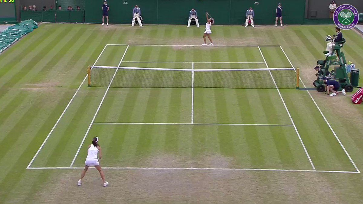 Tireless defence topped off with a dash of artistry - a classic @ARadwanska combination 🎨 #Wimbledon