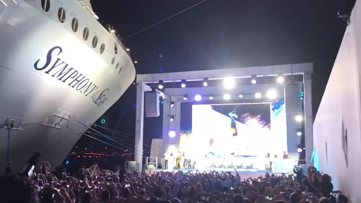 Our Friday ship naming ceremony..., she's called #SymphonyoftheSeas https://t.co/a0u91OlN3e