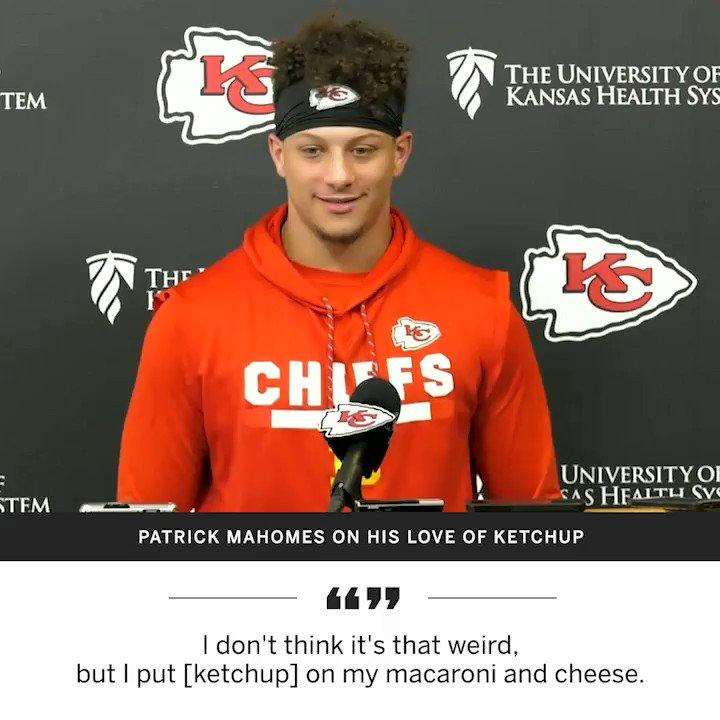 .@PatrickMahomes5 loves ketchup ¯\_(ツ)_/¯