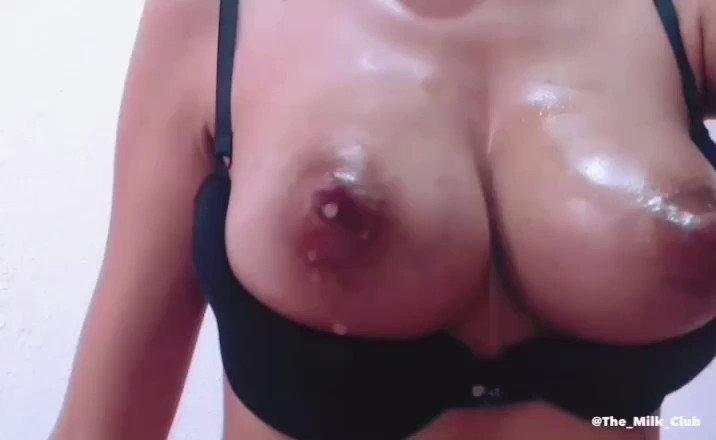 tits-leaking-milk