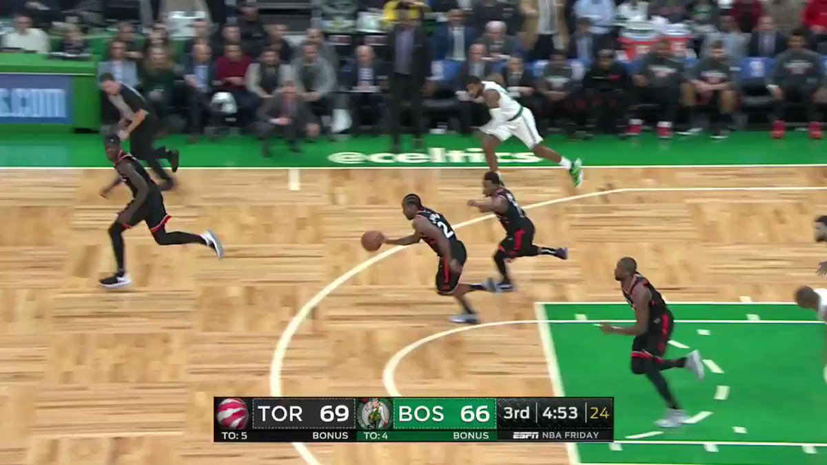 Al Horford REJECTION ➡️ Terry Rozier finger roll!  #CUsRise 68 #WeTheNorth 76  3:25 left in the 3rd on @ESPNNBA https://t.co/mq9rjXSp4b