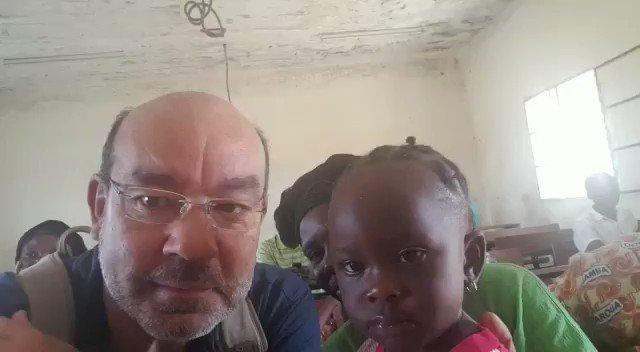 Hoy he leído en la prensa italiana que se ha producido una matanza en República Centroafricana contra refugiados cristianos; más de 40 muertos. En Chad me encontré con un grupo de mujeres que venían huyendo de allí. Lo que me contaron en @linternacope es terrorífico