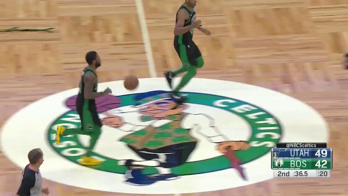 Kyrie dances into the pull-up 3! ����  #CUsRise 45 #TeamIsEverything 49  ��: @NBATV https://t.co/0qaKFTkkba