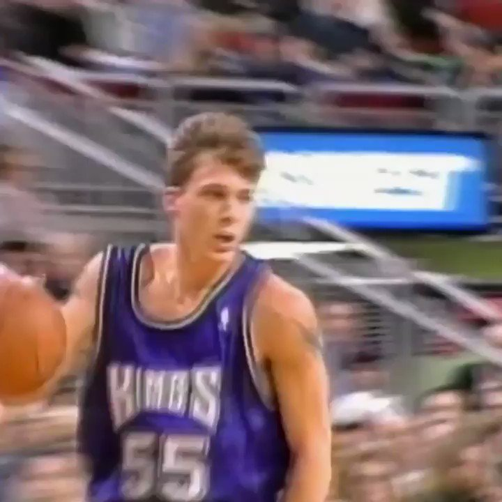 It's Jason Williams' birthday, so here's a video that might break your ankles. https://t.co/KbEwX0GF9A