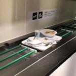 これは面白い返却された食器の映像にBGMを付けたらドラマチックに!